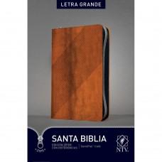 Santa Biblia NTV, Edición zíper con referencias, letra grande (Letra Roja, SentiPiel, Café)